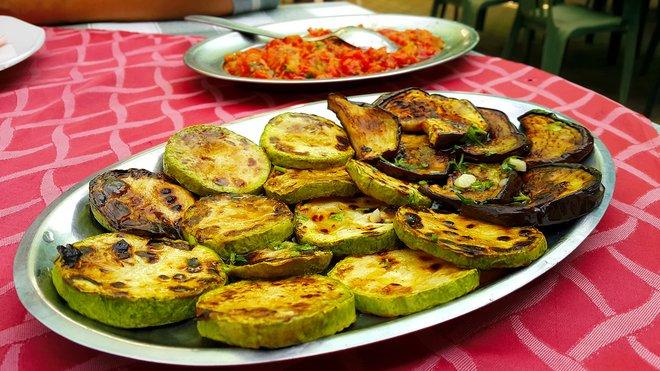 """""""Vogue"""" со сторија за Македонија: Ова е земја со највкусни јадења!"""