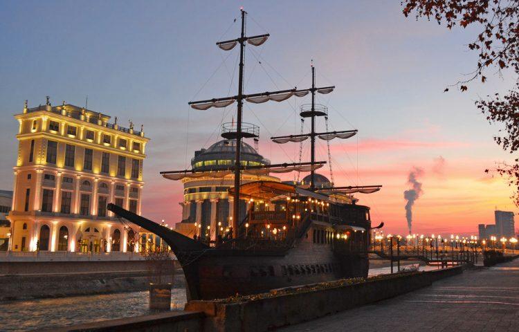 Senigallia – Хотел, бар и ресторан кој стана уште едно обележје на Скопје