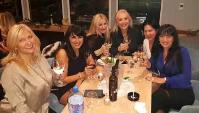 ФОТО: Се пиеше вино до зори – вака се слави роденден на српската естрада