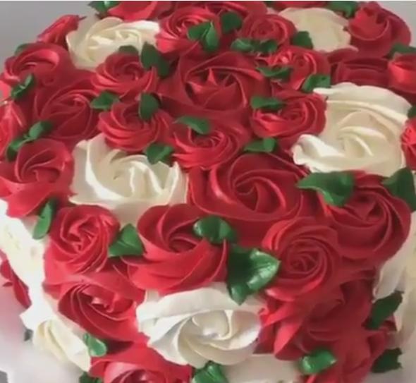 Оваа торта стана хит на Инстаграм – погледнете го ова волшебство