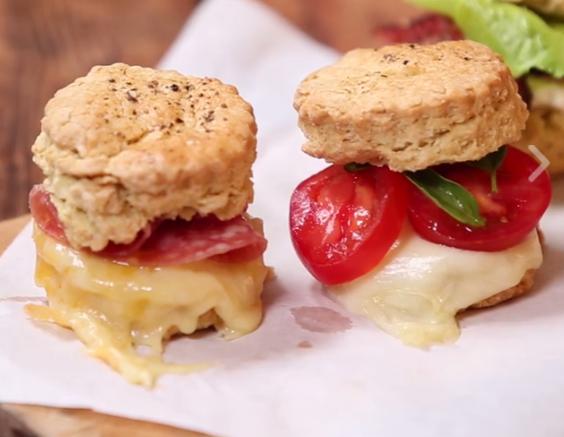 ВИДЕО: Замеси тесто а потоа… – овие сендвичи се фантазија