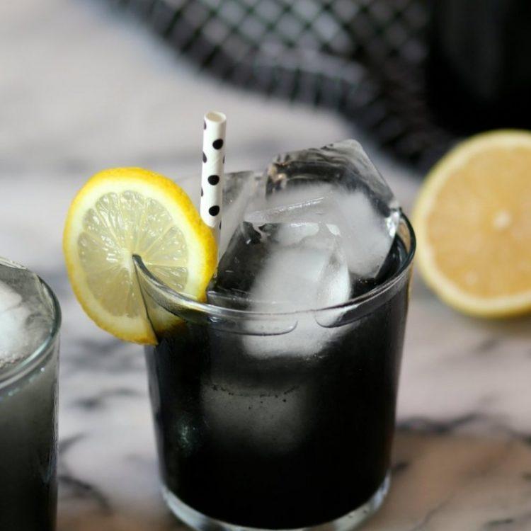 Светот полуде по Црната лимонада