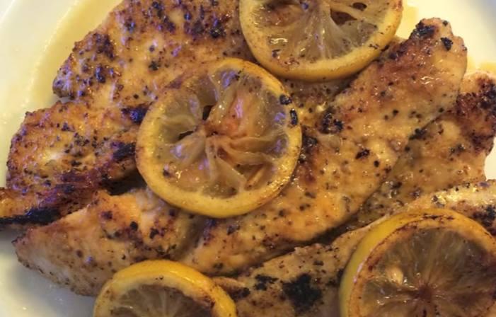 ВИДЕО: Лимон, путер и пилешко = деликатес!