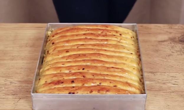 Растопен кашкавал и лукче – леб од соништата