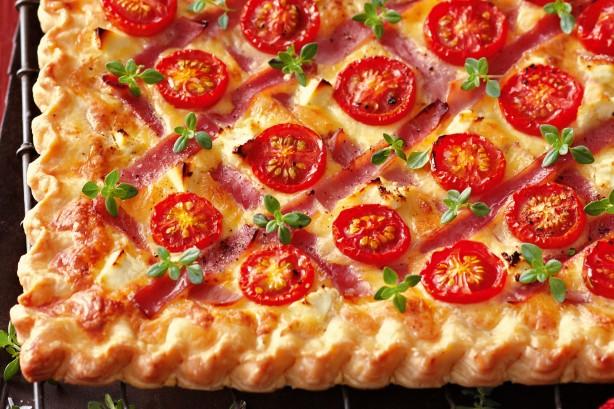 Засукајте ги ракавите: Необична пита со шери домати