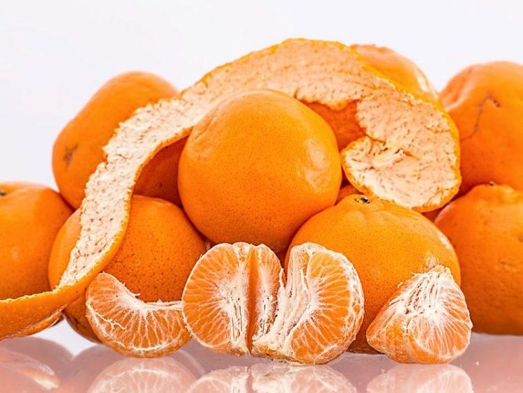 Кората од мандарина ќе ве спаси од кашлица и болки во грлото, а еве и како…