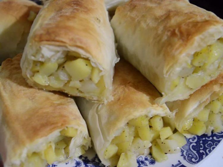 Брзо и лесно: Домашна пита со компири (ВИДЕО)