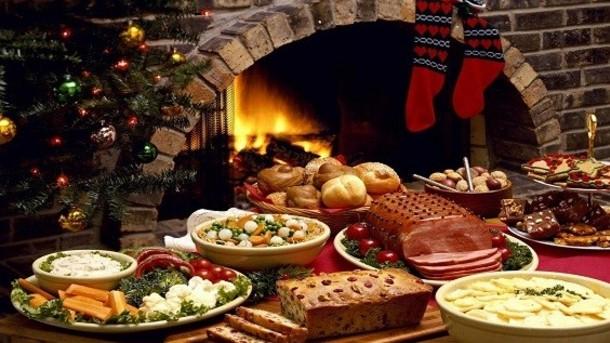 Новогодишната трпеза носи среќа – еве што не смеете да јадете на овој ден