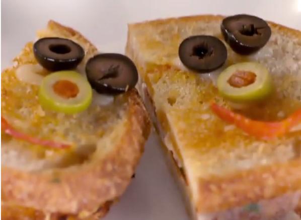 ВИДЕО: Дури и 100 години да сте домаќинка не сте направиле вакви сендвичи