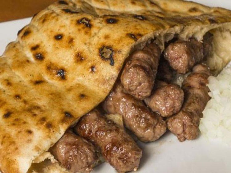 Пилешки ќебапи – Деликатесна смеса од малку состојки