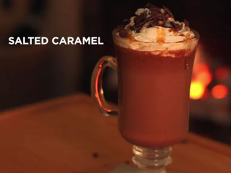 НАПИВКА КОЈА ЌЕ ВЕ ЗГРЕЕ: 4 необични рецепти за топло чоколадо (ВИДЕО)