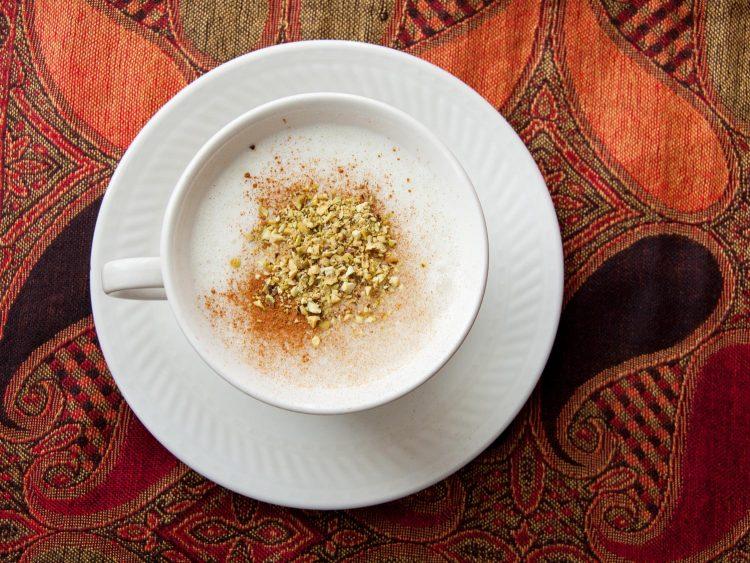 Вкусен и топол зимски напиток за збогум на грипот