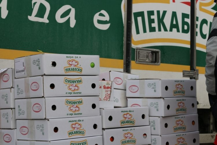 Пекабеско донираше 7 тони храна за најпогодените семејства од коронавирусот