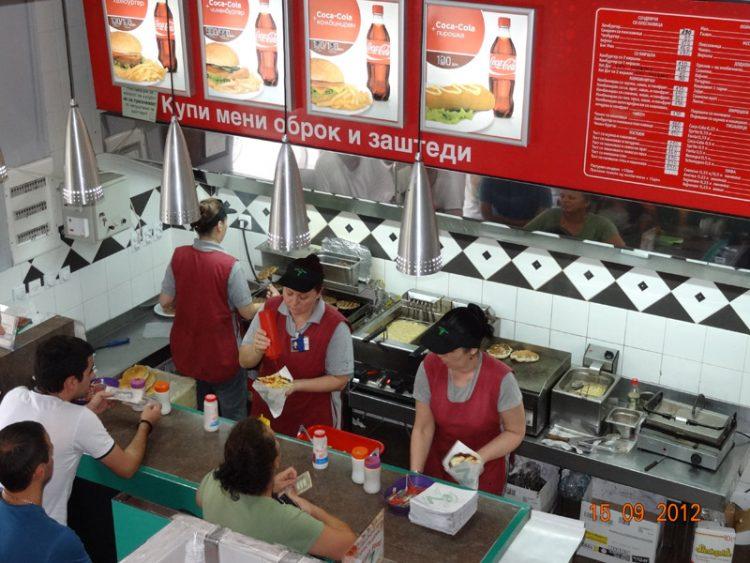 """Сендвичарата """"7ца"""" со нови цени – Погледнете ги тука"""