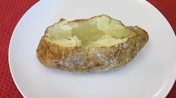 РЕЦЕПТ НА ДЕНОТ: Совршено печен компир