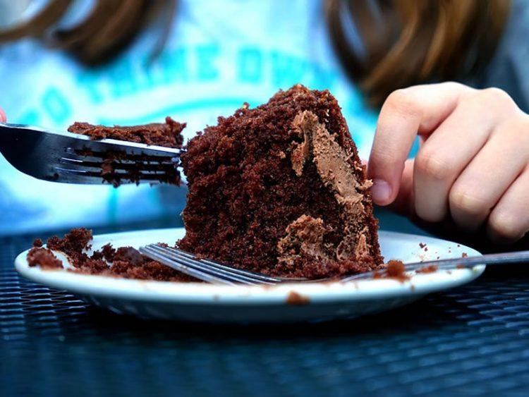Нежен чоколаден колач кој се топи во уста!