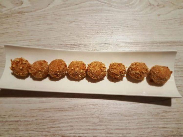 Посебни десерт бомбици – Рецепт кој и децата ќе го обожаваат