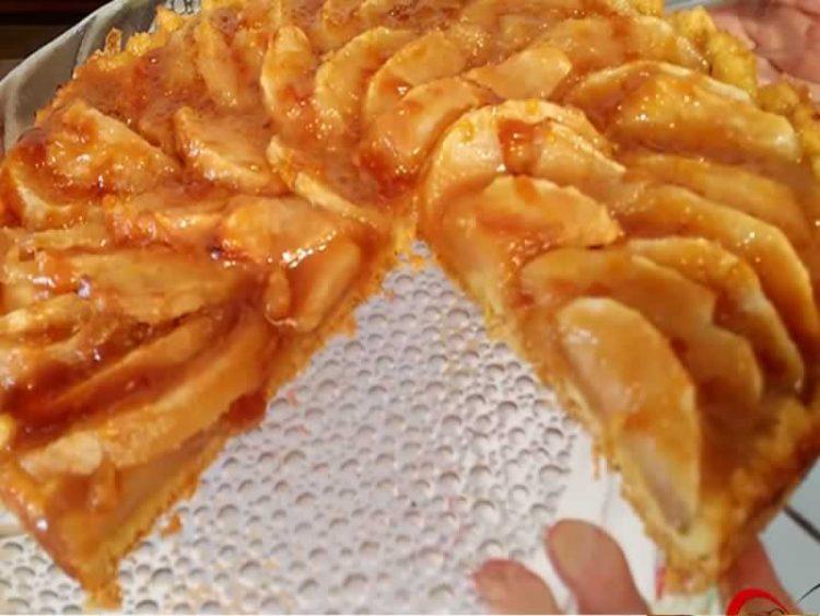 Тарт со јаболка и карамел (ВИДЕО)