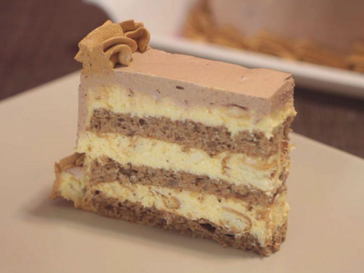 ГРЧКА ТОРТА: Ако се прашувате кој десерт да го подготвите, еве идеја! (ВИДЕО)