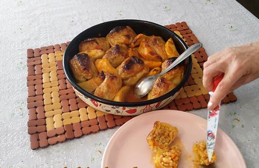 ЗА ГОЛЕМИОТ И СТРОГ ПОСТ: Полнети пиперки по рецептот на Баба