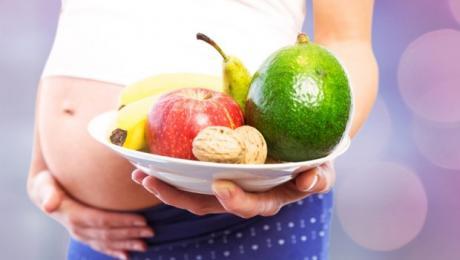 ВНИМАВАЈТЕ: Најопасната намирница за бремените жени која редовно ја јадат!
