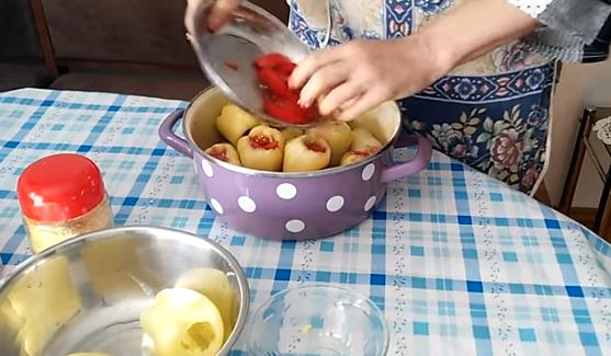 Полнети пиперки по рецептот на Баба