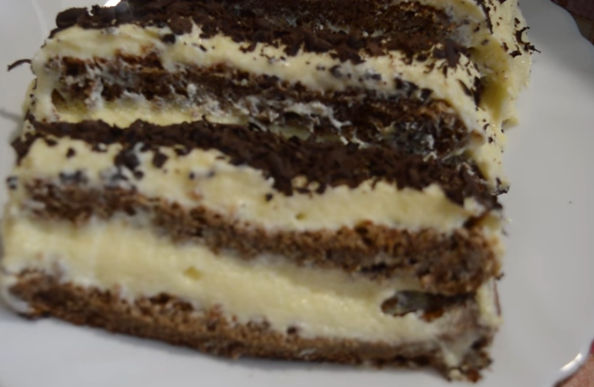 ОВА Е НЕВЕРОЈАТНО ВКУСНО: Кремаст чоко-ванила колач