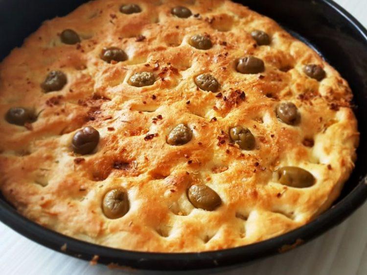 Фокача со маслинки
