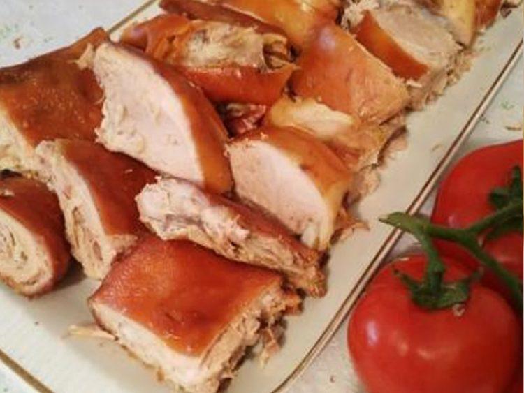 ПО БАБИН РЕЦЕПТ: Еве како да испечете прасечко во рерна!