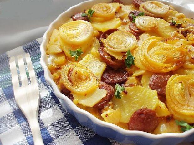 Се топи во уста: Домаќинките полудеа за оваа тава со компири