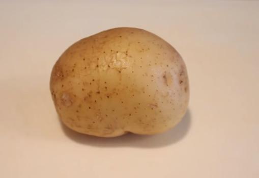Стави компир под пазувите – го реши НАЈГОЛЕМИОТ ПРОБЛЕМ