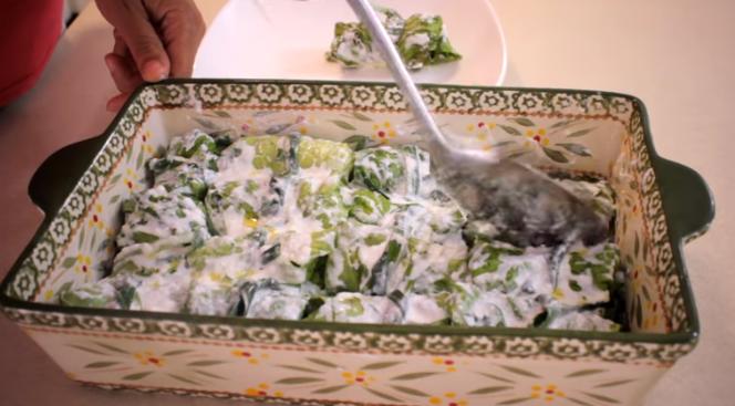 ЌЕ ЗАБОРАВИТЕ НА СЕ ДРУГО: Сарми од зелена салата, лесно и вкусно