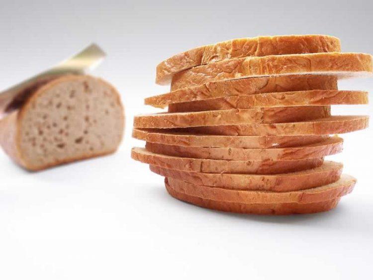 ЛЕБ ЗА 15 МИНУТИ: Од овој момент лебот кој го купувате станува минато!