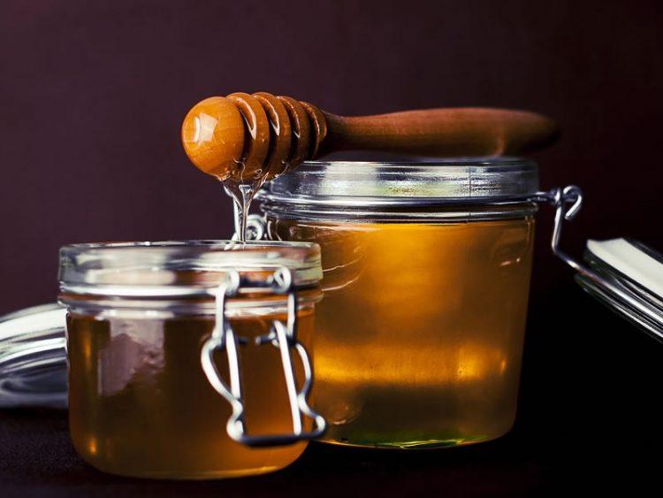 Еве што ќе ви се случи ако испиете мед и вода на празен стомак!