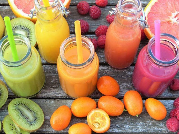 Ослабете без вежбање и гладување: 3 моќни напивки кои брзо ги топат масните наслаги (ВИДЕО)