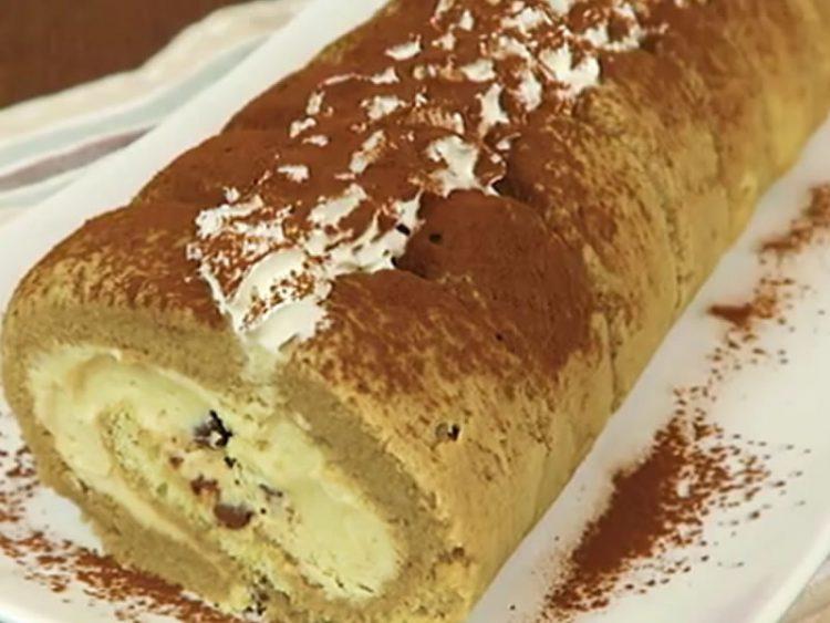 ТИРАМИСУ РОЛАТ: Никогаш побрз десерт за целото семејство! (ВИДЕО)