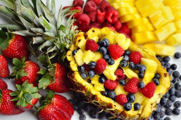 Царица на овошните салати – највкусното летно освежување