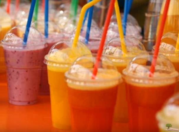 Сок полн витамини за имунитет: Вкусно овошје во чаша