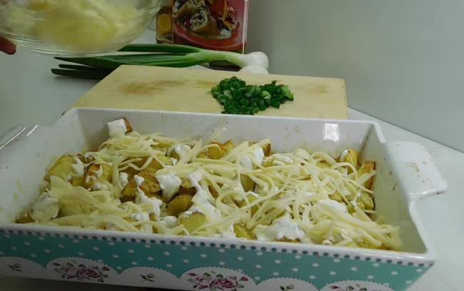 ХИТ НА ДЕНОТ: Кремаст компир од рерна