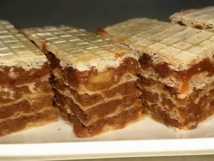 Едноставни и вкусни: Чоколадни обланди (ВИДЕО РЕЦЕПТ)