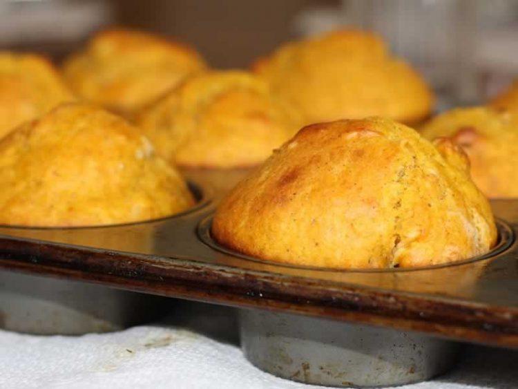 Мафини со јогурт и лимон – Сочно и меко тесто со извонреден мирис