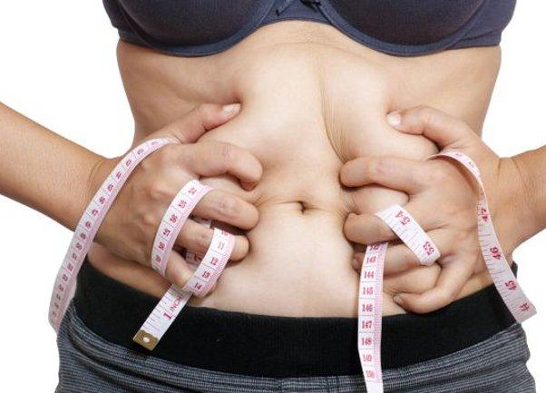 Симнува 80% од салото на стомакот – толку прост а толку ефикасен рецепт
