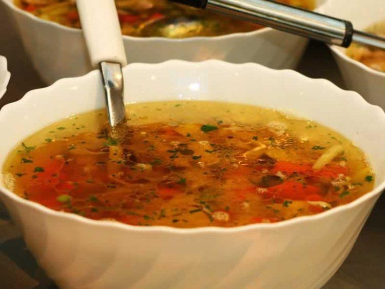 Супа – Причини поради кои задолжително треба да се јаде во зима