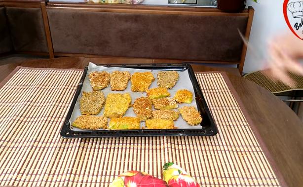 Стар рецепт за новите генерации: Мек колач со сливи по рецептот на Баба