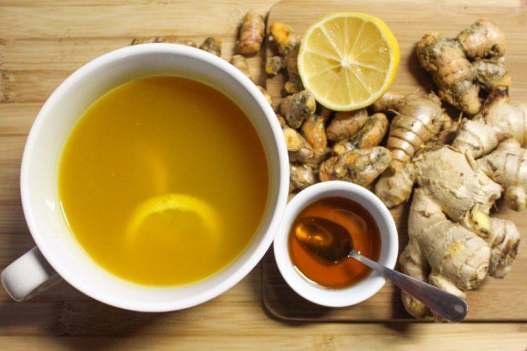 """Чај за кашлица и болно грло – Една шолја """"на гладно срце"""" и побрзо ќе оздравите"""