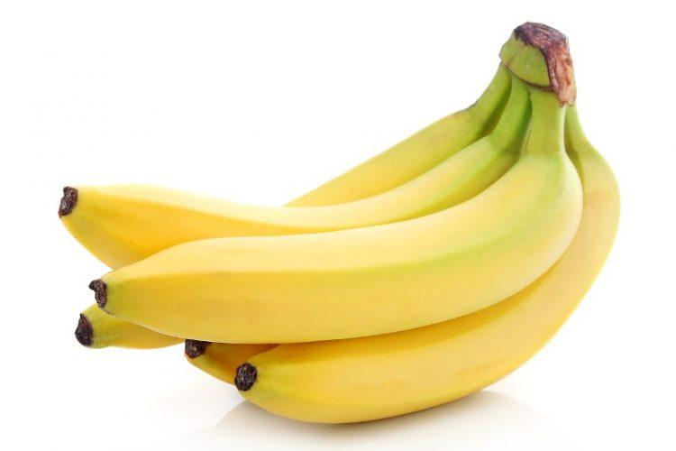 Знаци дека претерувате со јадење банани – Повеќе од една на ден прави големи проблеми
