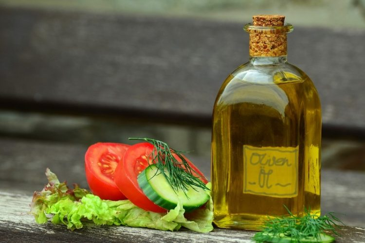 Што содржи маслиновото масло во себе?