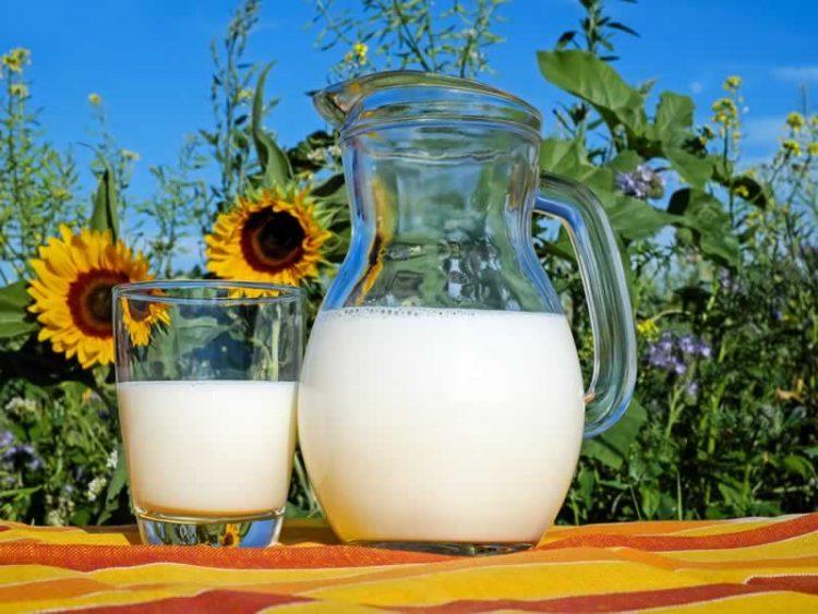 Грижете се за себе: Млеко за здрава и сјајна кожа