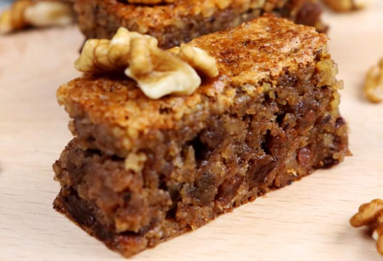 Колач од стар леб, прсти да излижеш: Совршена комбинација од вкусови