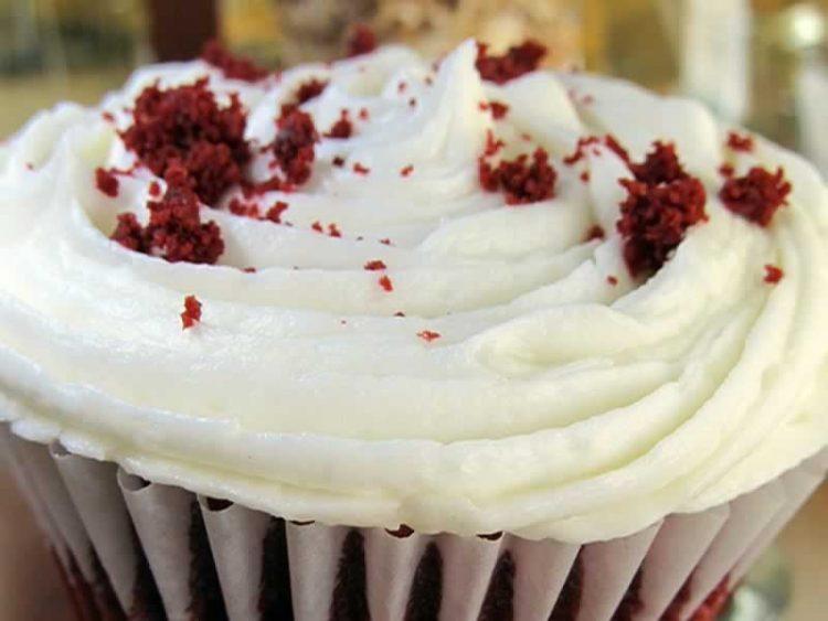 Мус од бело чоколадо: Десерт кој ќе ве освои